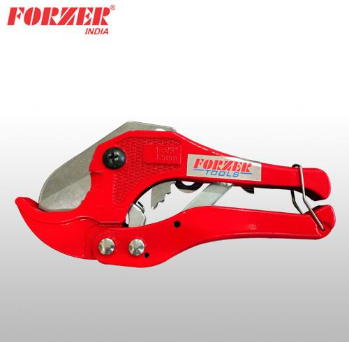 RATCHET PLASTIC PIPE CUTTER